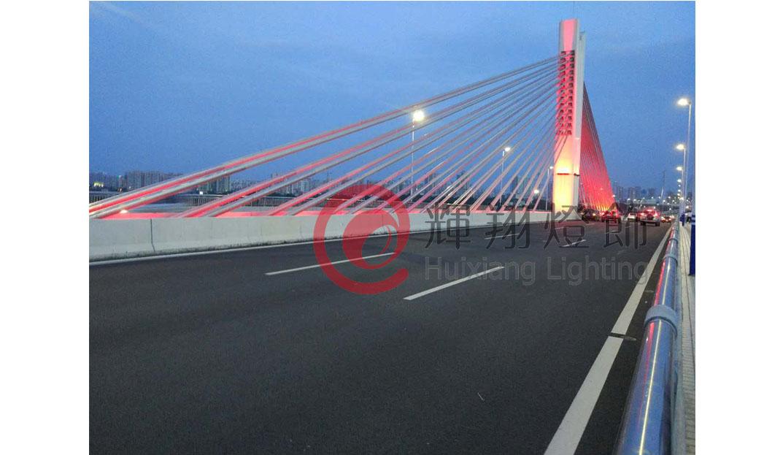 犁川大桥亮化